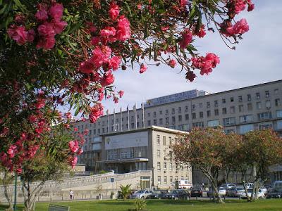 800px-Hospital_de_Santa_Maria